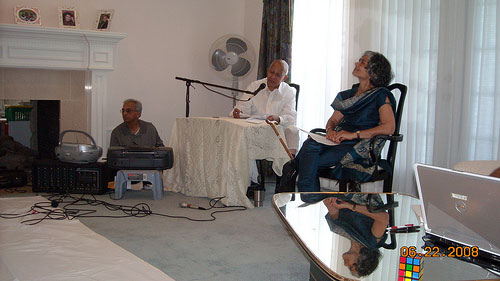Artists Performing Pu. Motabhai