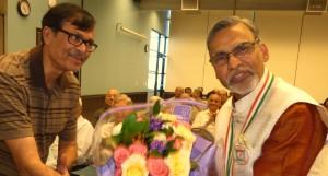 Dr kamalesh Lullaa with Kalakunj President Radedh Dalaal